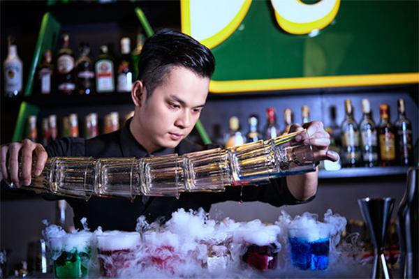 Tìm việc làm cho bartender