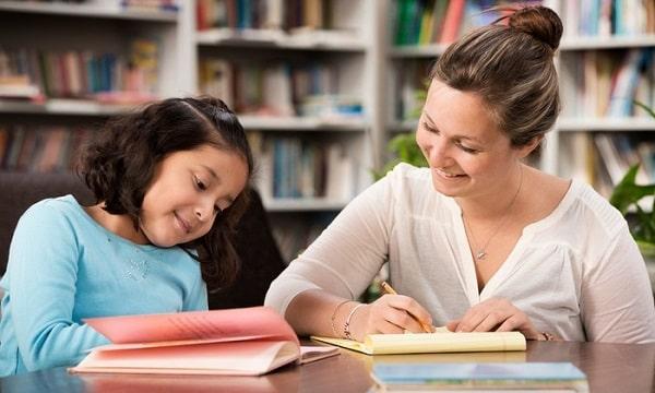  con bạn thích học và tôn trọng gia sư của mình là điều quan trọng