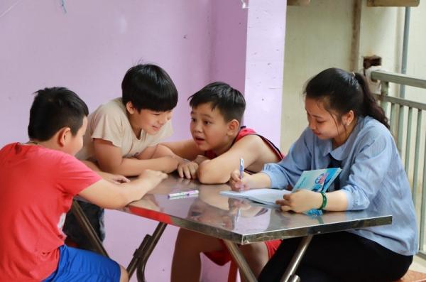  gia sư lớp 1 giúp bé có nhận thức tốt