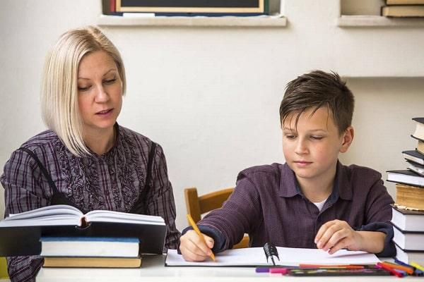  Gia sư tại nhà có thể giúp con bạn tự tin hơn khi học tốt môn học