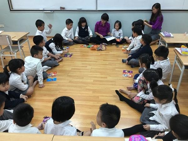 Hậu quả của việc học sớm là học sinh mất tập trung trong các giờ lên lớp