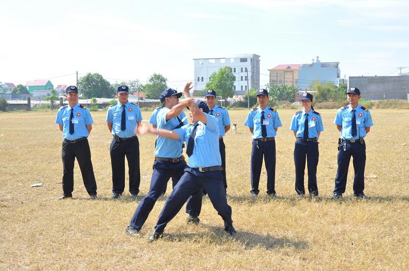 việc làm bảo vệ tại tphcm 7