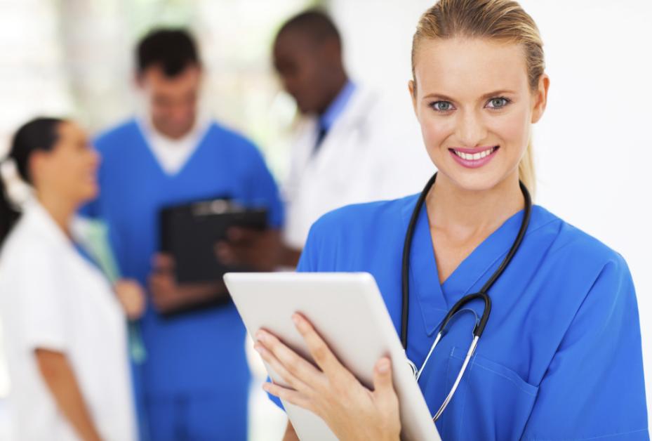 Điều dưỡng làm việc tại các cơ sở y tế phục vụ các bác sĩ chuyên ngành