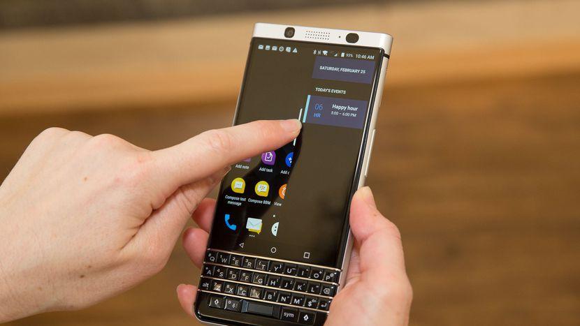 VnnNetwork.com - Khi mua di động Blackberry đã qua SD cần phải test thông tin nào