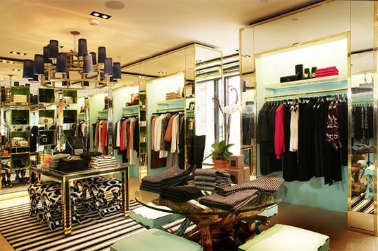 VnnewsWorld.com - Sắp xếp bố trí shop áo quần cho bé cực cute