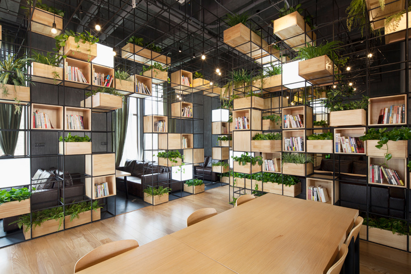 docthue.com - Trang trí quán book cafe đẹp và mới lạ