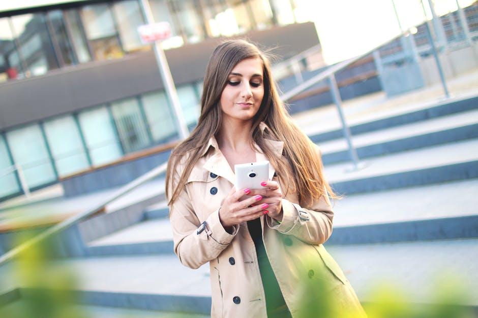 trangnews.com - Chia sẻ cách nạp tiền điện thoại online vinaphone tiện lợi
