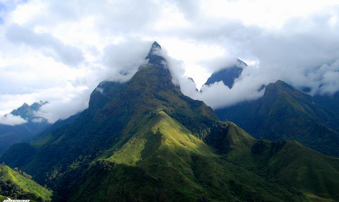 instavietnam.com - Khả năng với tới đỉnh núi Phan Xi Păng, vượt qua sức chịu đựng bản thân