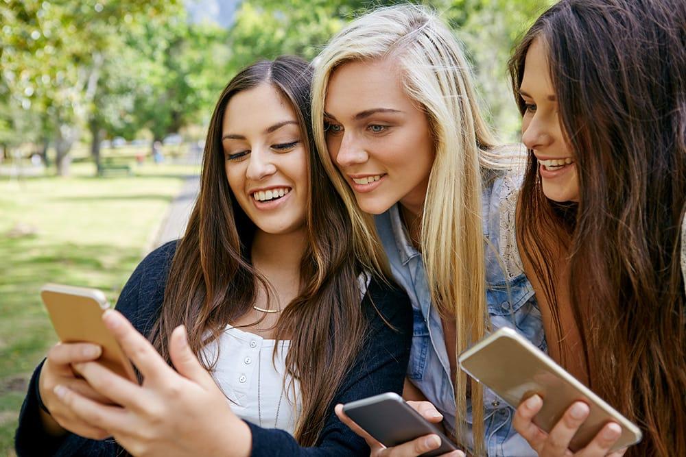 vnhight.com - Chia sẻ đến bạn cách đăng ký gói cước FB7 Vinaphone cực tiện lợi