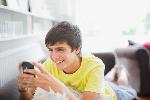 Chia sẻ cách nạp tiền cho điện thoại qua thẻ atm chiết khấu cực hấp dẫn