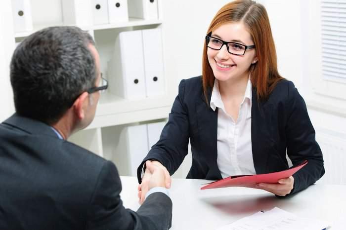 trangtin365.com - Những cách biểu hiện khẳng định người lao động giao tiếp tốt