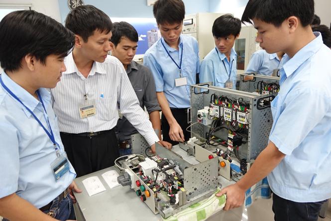 Cơ hội nào cho việc làm điện tử tại hà nội với sinh viên mới tốt nghiệp