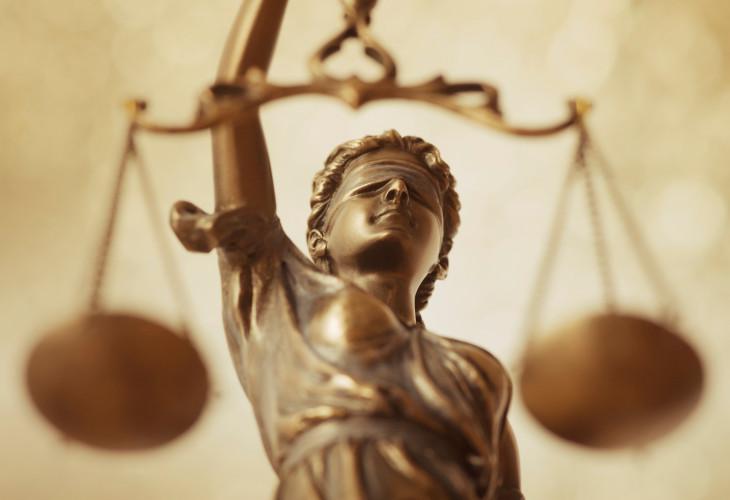 Tìm việc làm pháp lý tại Hà Nội khó hay dễ?
