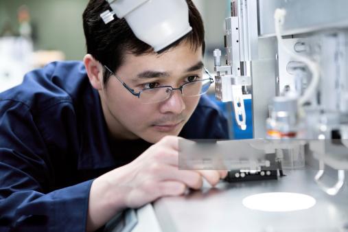 Sinh viên với lựa chọn ngành nghề khi tìm việc làm kỹ sư cơ điện tử