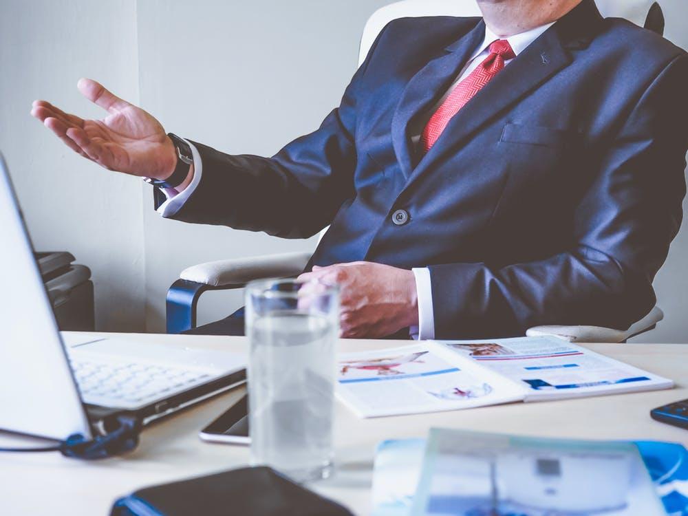 Việc làm nhân viên kinh doanh lương cao nhưng đánh đổi thì mấy ai biết